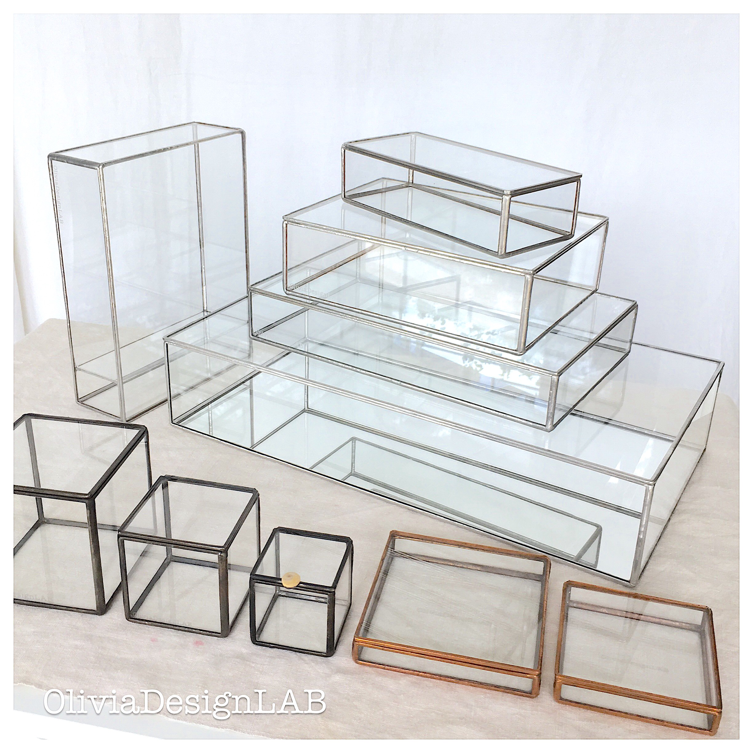 4 x 4 inches - 10 x 10 cm glass box with lid